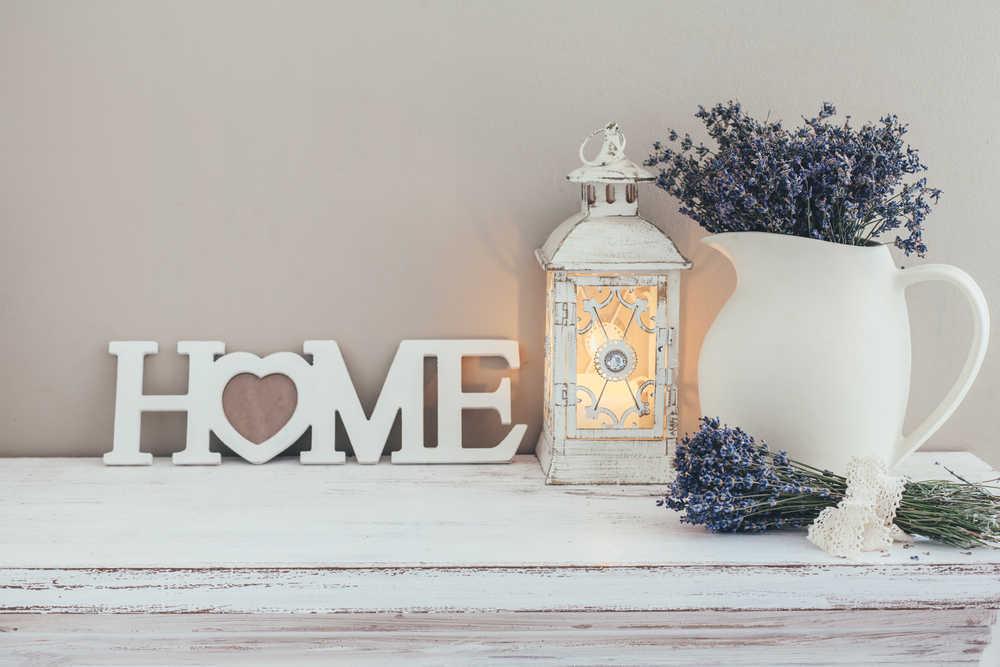 La porcelana en la decoración de interiores: modernidad y elegancia